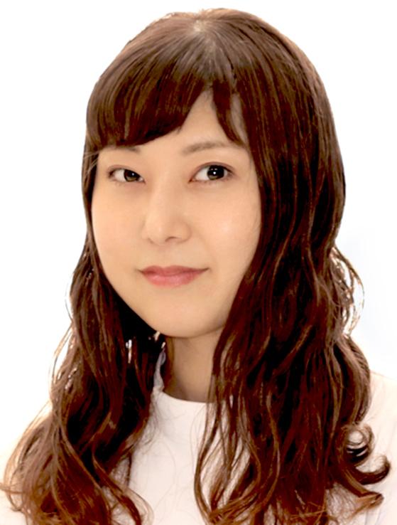 岡田 佳奈 顔写真